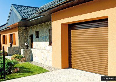 Slika prikazuje rolo garažna vrata, promocija
