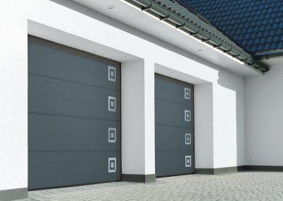 Slika prikazuje UniPro garažna vrata z dekorativnim motivom, promocija