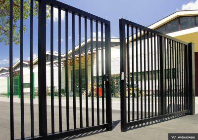 Bastion industrijska dvoriščna dvokrilna vrata - 19