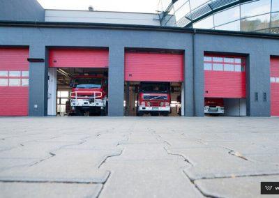 MakroPro INVEST industrijska sekcijska garažna vrata - 23
