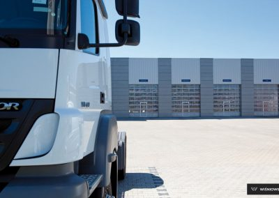 MakroPro INVEST industrijska sekcijska garažna vrata - 53