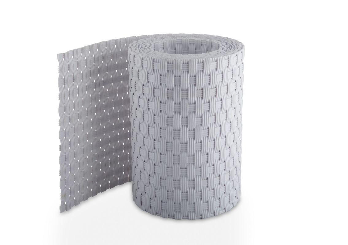 Slika prikazuje polyrattan panelne trakove